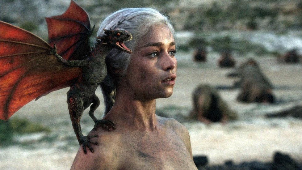 Hra o trůny - Daenerys se svými draky