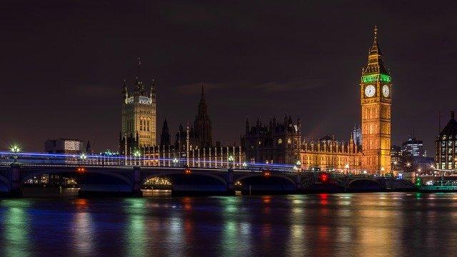 Noční Big Ben
