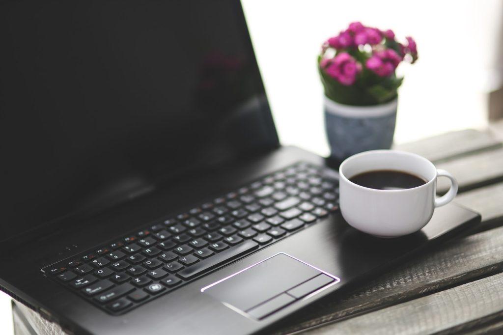 Pracovní chvilka s kávou