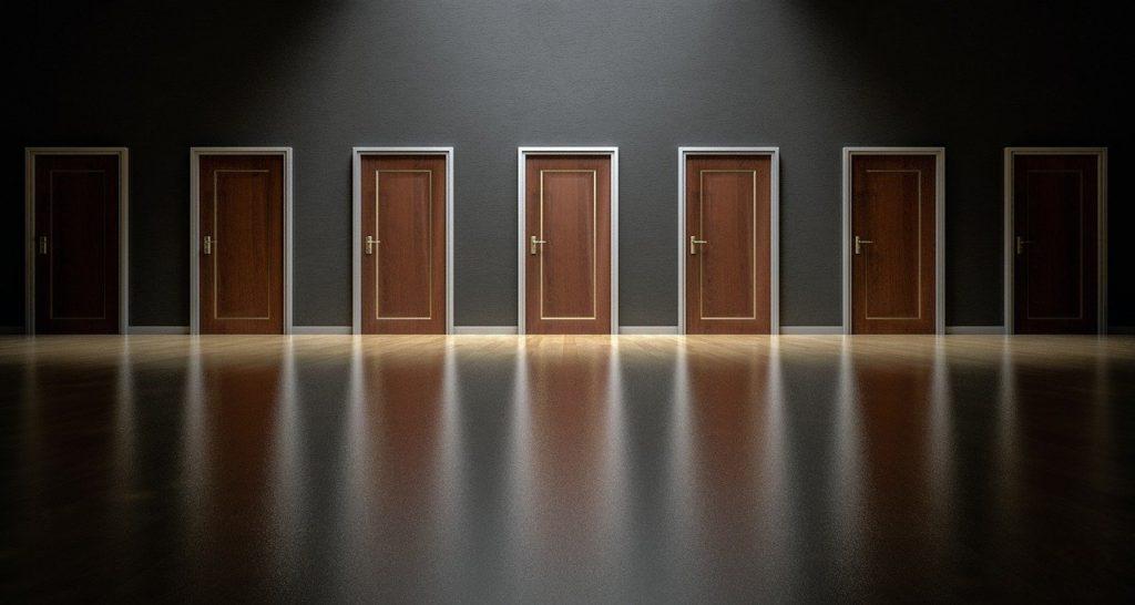 co je rozhodovací paralýza a jak se jí bránit, jak překonat problémy s rozhodováním