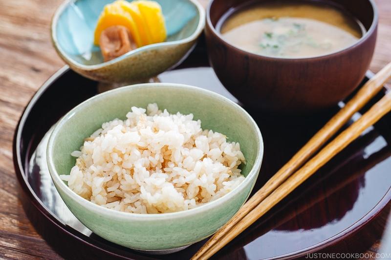 Zázvorová rýže vás zasytí a odpomůže od nachlazení.