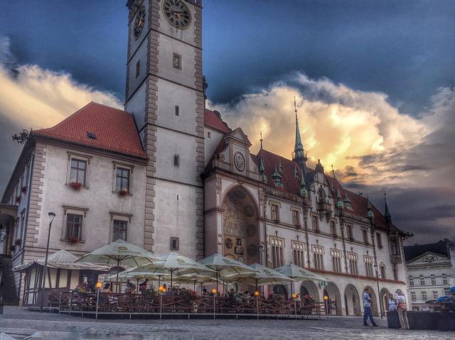 Olomoucká radnice s orlojem určitě patří mezi nejkrásnější místa v ČR