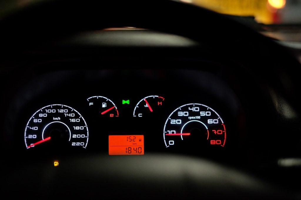 Poruchu vozidla zjistíte přes kontrolky