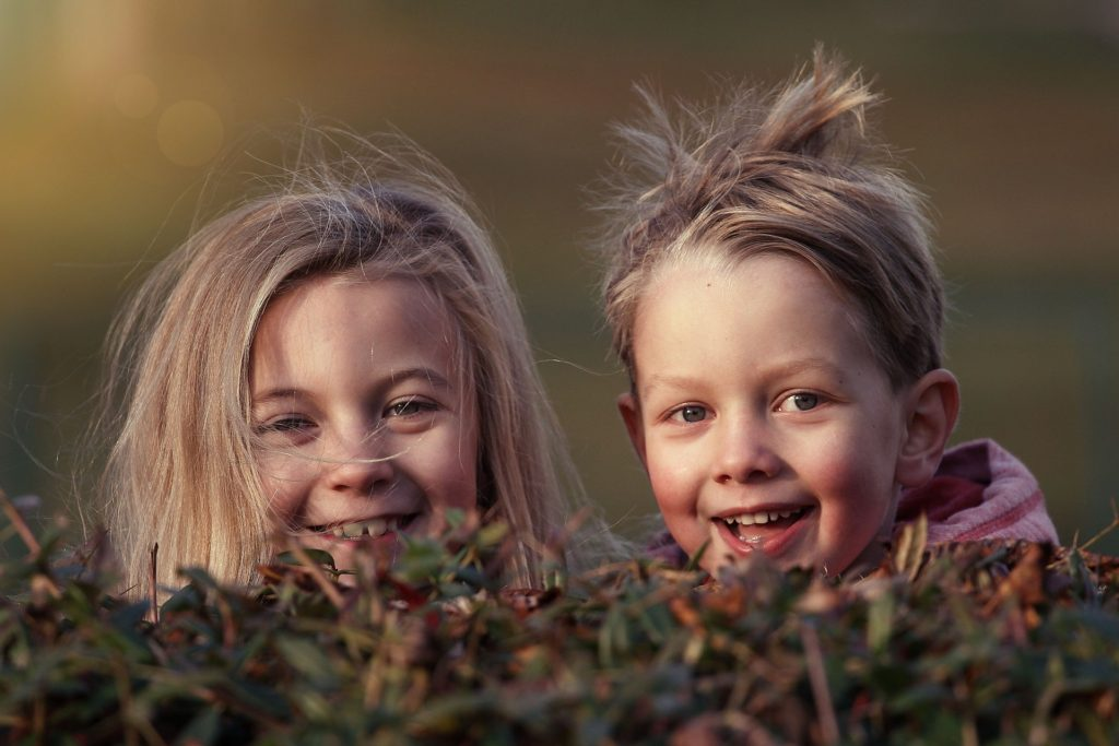 děti přátelé