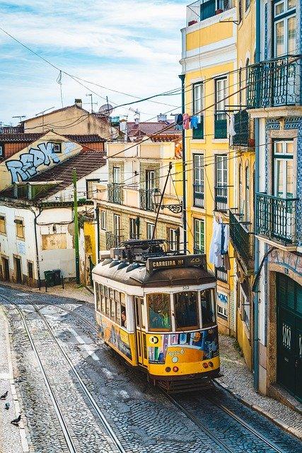 Svezte se typickou žlutou tramvají